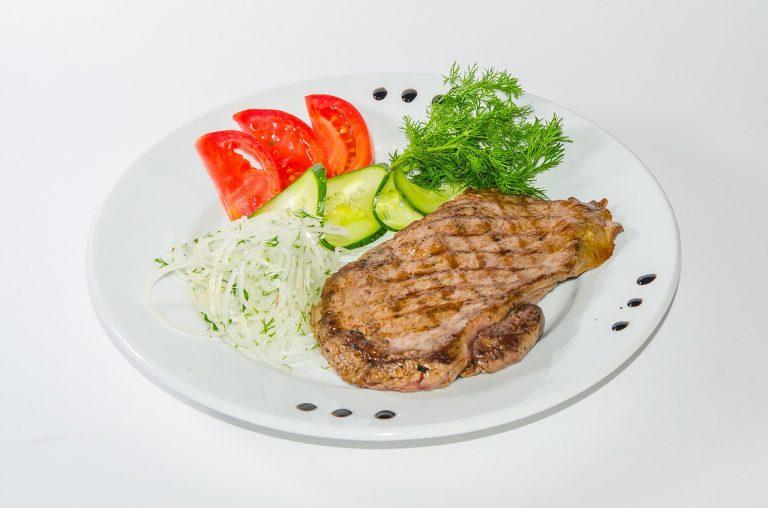 ירקות וסטייק פרגית
